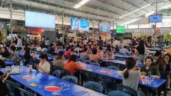 タイ・バンコクの屋台街