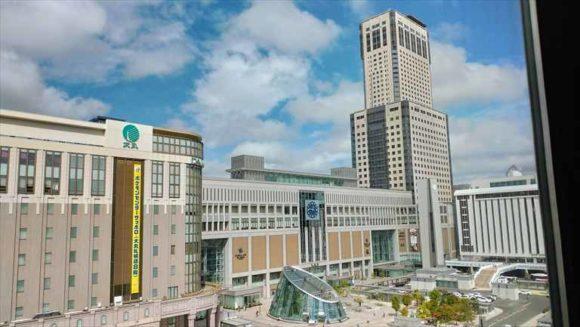 ホテルグレイスリー札幌のフロント階から見た札幌駅
