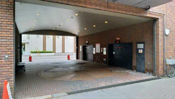 ホテルクラビーサッポロ駐車場