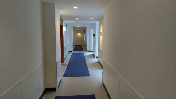 ホテルクラビー廊下