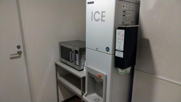 リッチモンドホテル札幌駅前の製氷機&電子レンジ