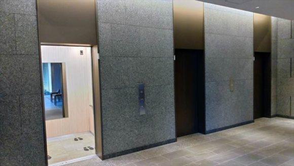 ホテルJALシティ札幌中島公園の1階エレベーター
