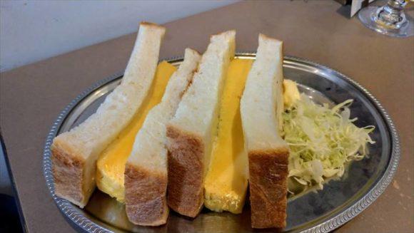 ナガヤマレストおすすめ③特製厚焼き玉子のサンドイッチ(790円)