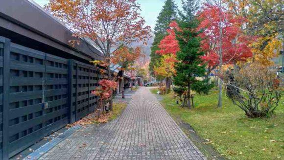 しこつ湖鶴雅リゾートスパ水の謌駐車場