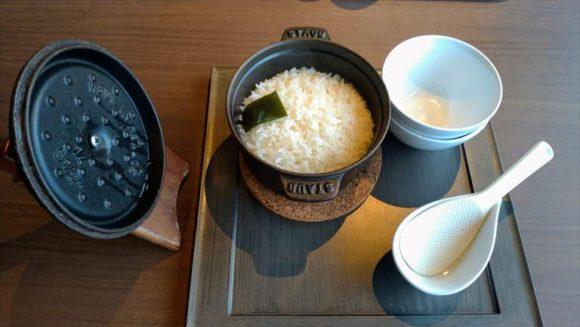 しこつ湖鶴雅リゾートスパ水の謌の朝食ブッフェ(アマム)