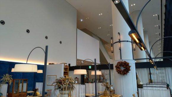RESTAURANT DAFNE(レストラン ダフネ)の天井高は10m