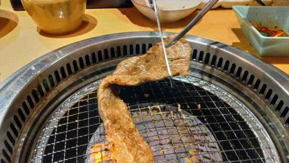 焼肉きんぐの【4大名物】厚切り上カルビ