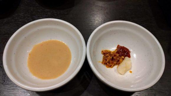 しゃぶ葉タレ薬味アレンジ組み合わせおすすめ②ゴマダレ+ラー油+にんにく+豆板醤