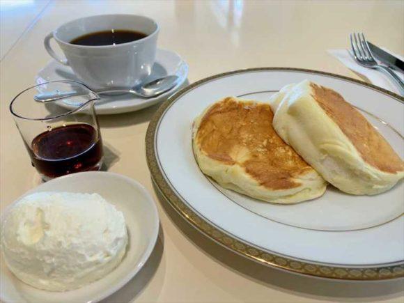 帯広本店オリジナルメニュー「リコッタパンケーキ」