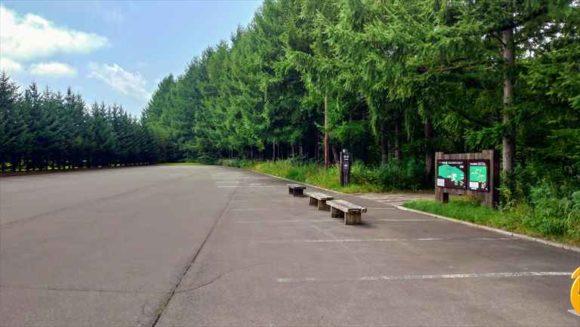 六花の森の第一駐車場