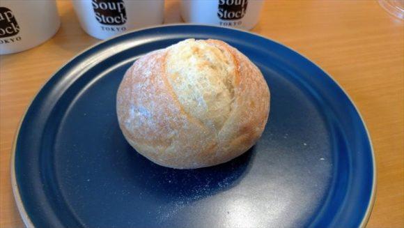 スープストック(Soup Stock Tokyo)の石窯パン
