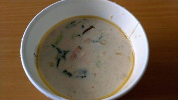 スープストック(Soup Stock Tokyo)おすすめ「桜と春野菜のクリームスープ」