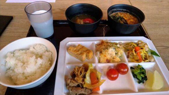 ホテルウィングインターナショナル札幌すすきのの朝食ブッフェバイキング
