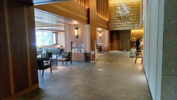 ソラリア西鉄ホテル札幌の1階フロントロビー