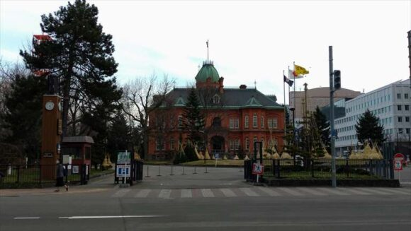 ソラリア西鉄ホテル札幌近くの赤レンガ庁舎