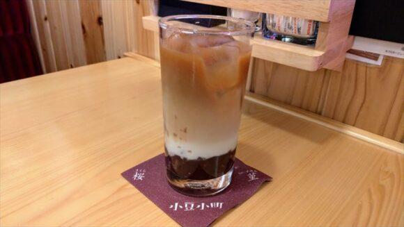 コメダ珈琲の「小豆小町アイス」