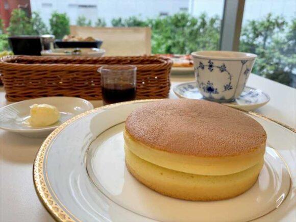 六花亭札幌本店喫茶室ランチおすすめ「ホットケーキ」