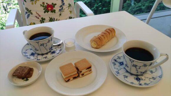 六花亭札幌本店の2階喫茶室