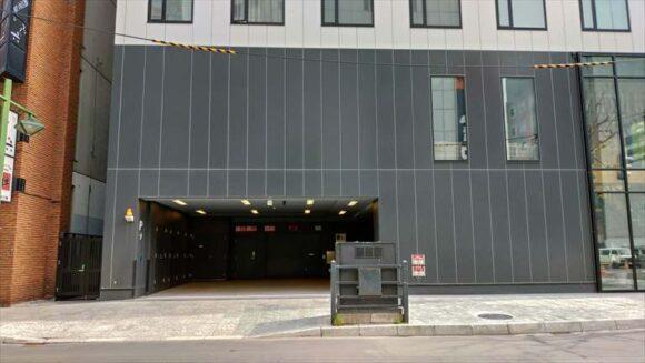 ビスポークホテル札幌の駐車場