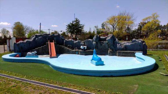 三重湖公園キャンプ場のプール