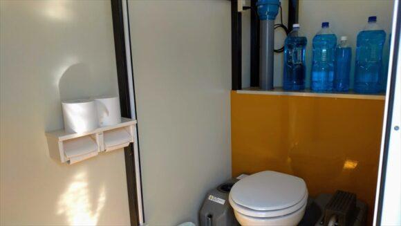 厚田キャンプ場(石狩)のフリーサイトBのトイレ