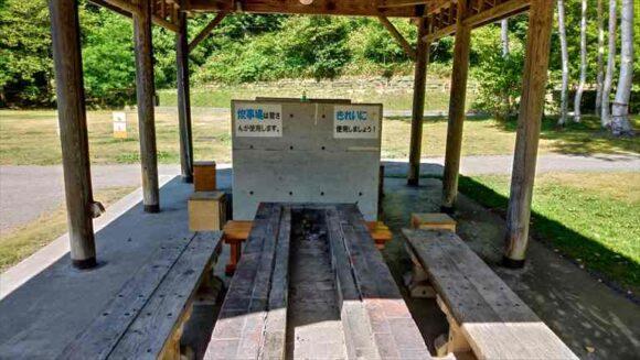 厚田キャンプ場のフリーサイトAの炊事棟
