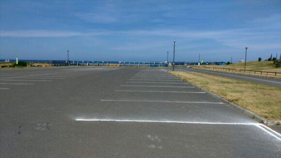 浜益川下海浜公園キャンプ場(ピリカビーチ)の第一駐車場