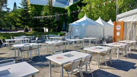 サッポロビール園内で開催されるビアガーデン「サッポロビアテラス」