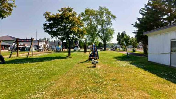 北村中央公園ふれあい広場キャンプ場のフリーサイト