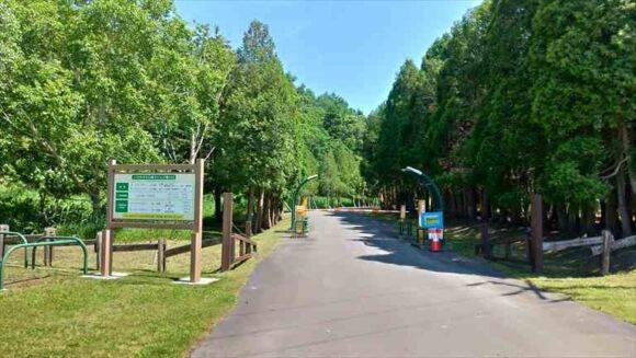 いわみざわ公園キャンプ場の入場ゲート