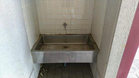 三重緑地公園キャンプ場のトイレ