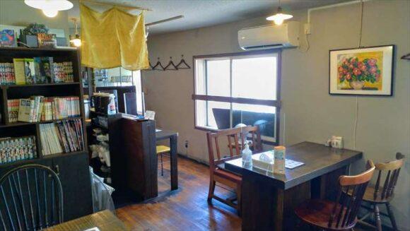 曉(札幌スープカレー)の店内