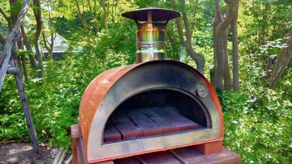 紅櫻アウトドアガーデンのピザ窯