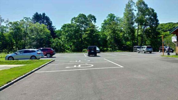 北広島市自然の森キャンプ場の駐車場