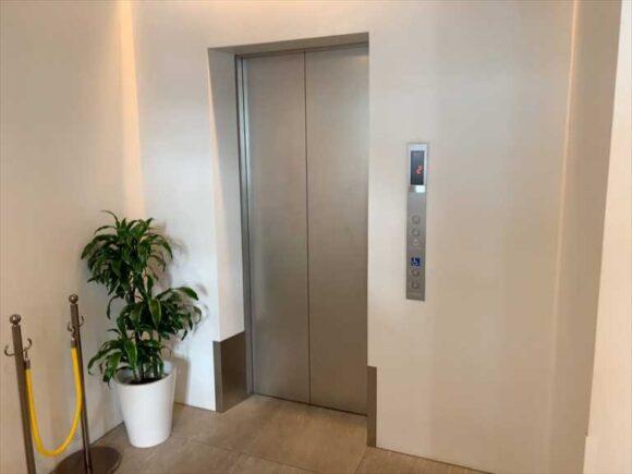 北菓楼札幌本館のエレベーター