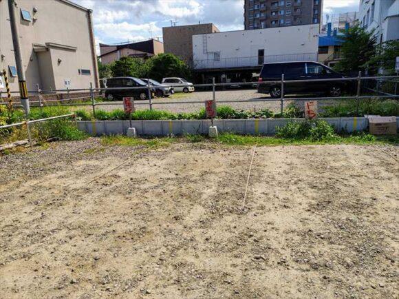 欧風カリードモンの駐車場
