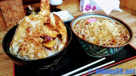 札幌市北区新川の人気そば店芝源の天丼セット