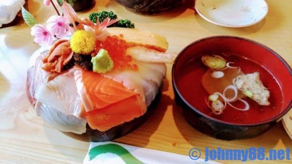 恵庭の幸寿司の「幸寿司丼」