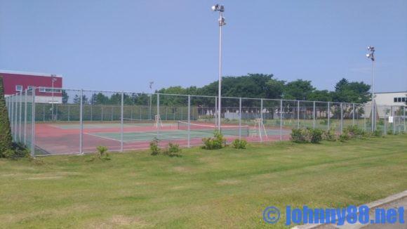 ベルパークちっぷべつ公園キャンプ場テニスコート