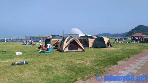 浜益川下海浜公園の芝生サイト