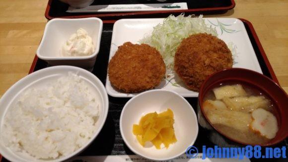 札幌駅ランチおすすめ「串鳥」のランチメンチカツ定食