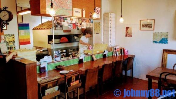 白石区ダマッシモの店内画像