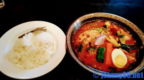 カレー食堂心の「とり野菜のスープカレー」