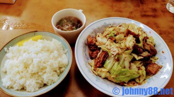 北華飯店のホイコーロー定食