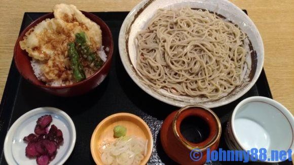 札幌市東区にあるきよ福のとり天丼セット