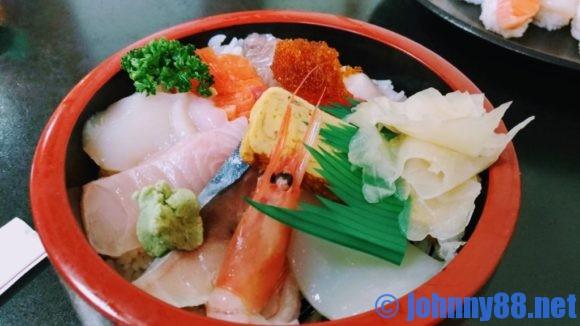 江戸金寿司のランチちらし寿司