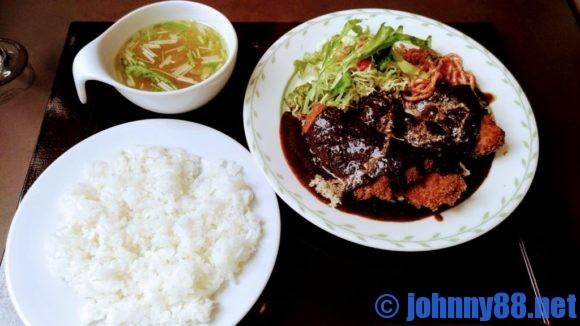 札幌市東区の洋食レストランゆっぴーのヒレカツセット