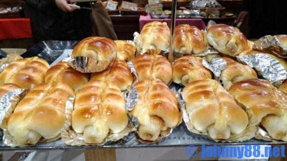 どんぐりのちくわパン売り場