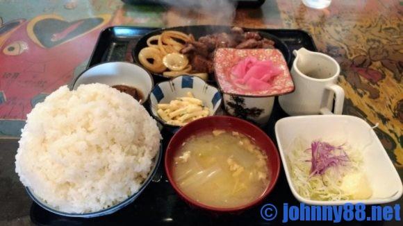 牛太郎の牛カットステーキ定食