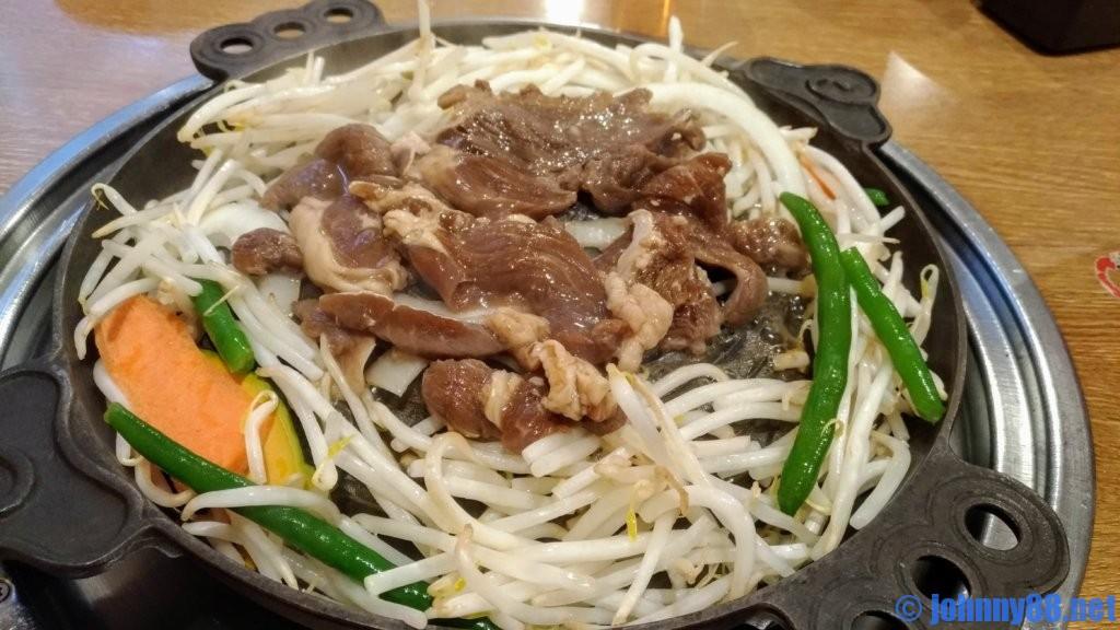 松尾ジンギスカンの調理画像